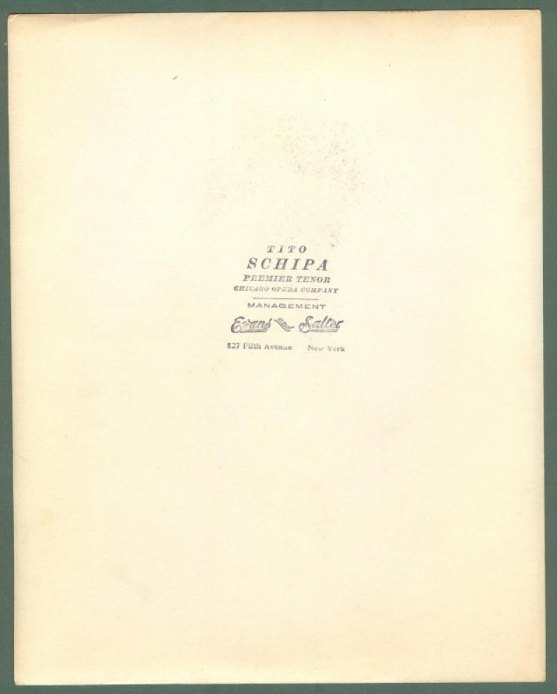 SCHIPA TITO (1888 - 1965). Celebre tenore italiano. Foto con dedica autografa e firma