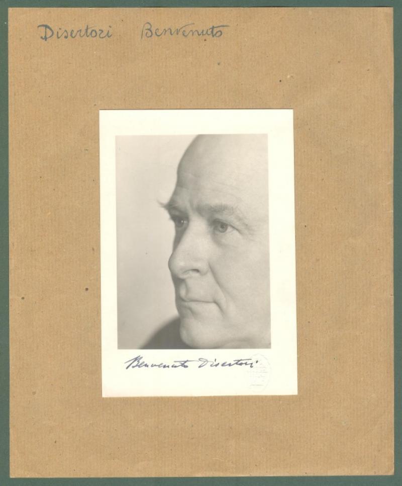 DISERTORI BENVENUTO MARIA (Trento 1887 - Milano 1969). Musicologo e incisore. Foto con sua firma...