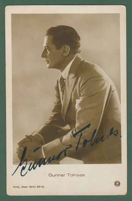 TOLNAES GUNNAR (Oslo 1879 - Oslo 1940). Attore cinematografico norvegese. Firma autografa al recto di sua foto cartolina.