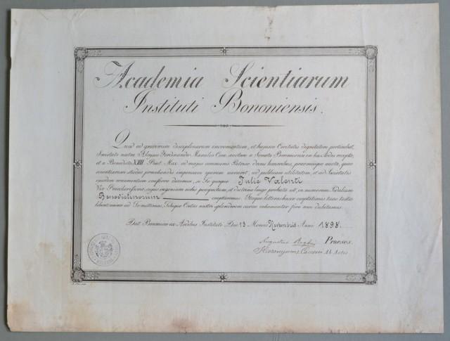 DIPLOMA dato nel 1898 di accettazione all''ACCADEMIA DELLE SCIENZA DELL''ISTITUTO DI BOLOGNA.
