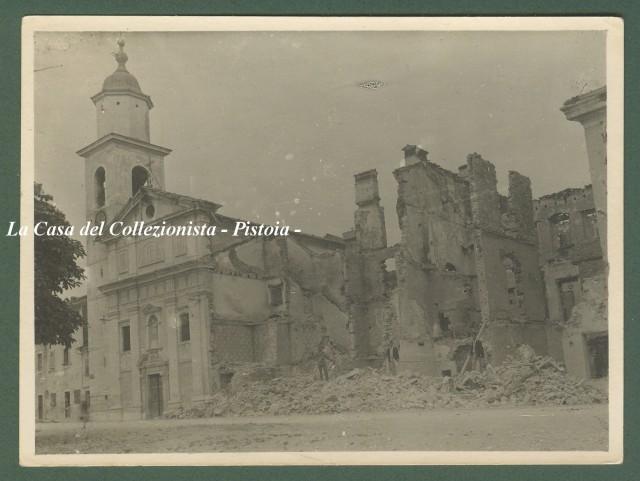 GORIZIA. Il Duomo semidistrutto. Foto di cm 11,5x8,5 databile al 1917.