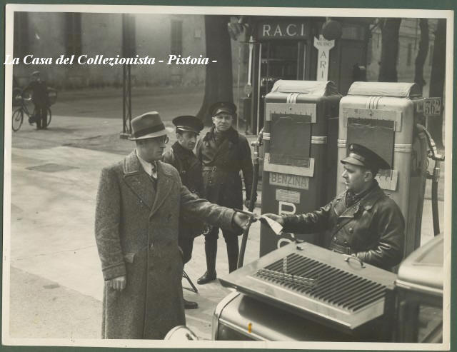 MILANO. Prove di difesa antiaerea. 30 settembre 1939