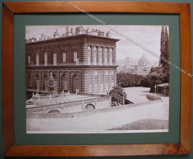 FIRENZE. R. Palazzo Pitti. Parte posteriore con vedute della Cattedrale.